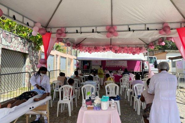 Moradoras de Dias d'Ávila realizam exames de mamografia gratuito